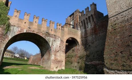 drawbridge in soncino
