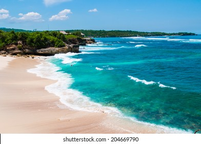 Dream beach at sunny day. Lembongan island, Bali, Indonesia