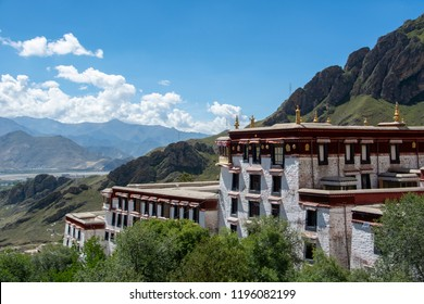drepung monastery lhasa tibet