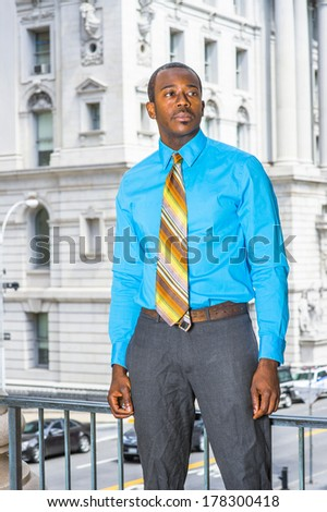 what tie to wear with light blue shirt