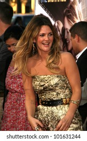 """Drew Barrymore at the """"Going The Distance"""" Los Angeles Premiere, Chinese Theater, Hollywood, CA. 08-23-10"""