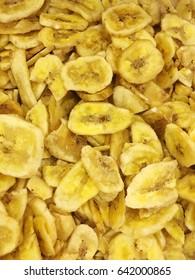 dried bananas. dried bananas wallpaper. dried bananas pattern.