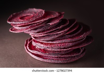 dried beetroot chips
