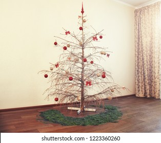dried christmas tree