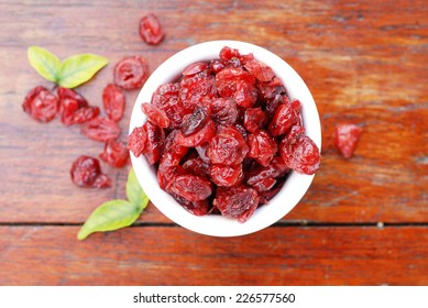 dried cranberries in a bowl.