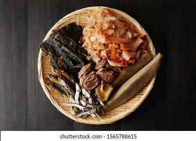 dried kelp, dried shiitake mushroom, boiled and dried sardines, grilled flying fish and bonito flakes.