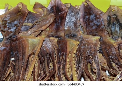 Dried octopus a chinese delicacy served as an enhancement to enriched the taste of soup boiled with lotus roots and whole chicken / Dried octopus / Popular during festive season and reunion dinner