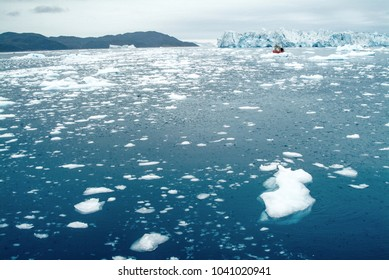 Drifting ice fields in the Arctic Ocean off the western coast of Greenland are a hazard to shipping. Large boats travelling in this area usually have an experienced ice pilot on board.