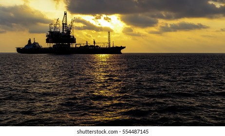 Drilling rig offshore