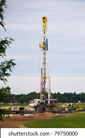 Drilling rig set up in a cornfield in rural Colorado, USA