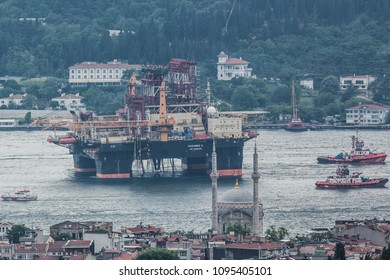 Drilling vessel Scarabeo 9, owned by Italian oil service group Saipem, sails in the Bosphorus in Istanbul, Turkey May 21, 2018.