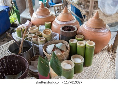 Drink with bamboo flask for thirsty.