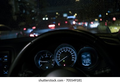 driving a car and see dashboard