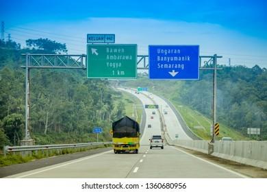 Driving Through Trans Java Solo Salatiga -Semarang Toll Road, Solo to Bawen Ambarawa