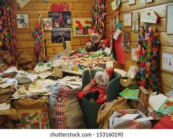 DROBAK, NORWAY - JUL 1: The Christmas House (Julehuset) in Drobak where christmas cards and letter from children across the whole world are delivered when postmarked for Santa. Drobak Jul 1, 2005.