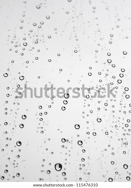 drops-rain-on-window-glass-600w-11547631