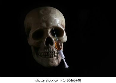 drug, drugs, addict, addiction, dose, health, skull, skeleton, unhealthy, death, medical, medicine, horror, danger, bad, hell, dead, fear, drug addition, injection