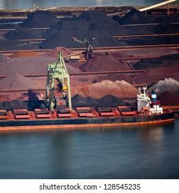 Dry bulk port terminal