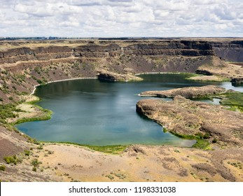 Dry Falls, a site of dried Ice Age giant waterfall in Washington state, USA