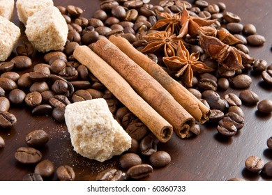Dry spices: cinnamon, anisetree spices and cane sugar