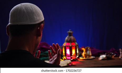 Dua (Prayer) of Ramadan Fasting. Meals are served before sunrise, called suhoor, and after sunset, called iftar. The holy month of Ramadan