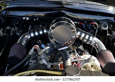 Dual Carb Engine