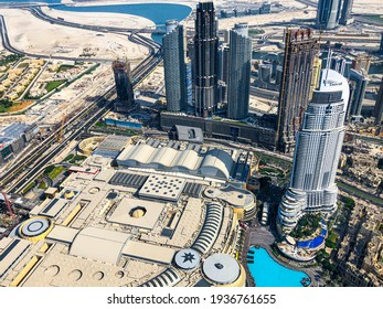Dubai: 15th October 2018: Beautiful top view of the Dubai Mall and buildings from the top of Burj Khalifa.