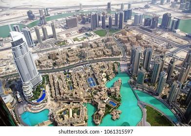 Dubai bildings highsky