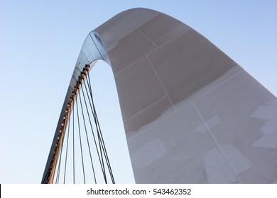 Dubai canal curves