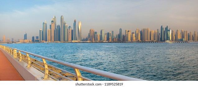 Dubai - The evening Marina towers from the promenade of Palm Island.