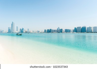 Dubai sea and construction