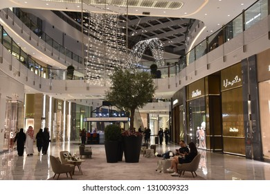 DUBAI, UAE - DEC 13: Fashion Avenue at Dubai Mall in Dubai, UAE, as seen on Dec 13, 2018. The Fashion Avenue added a retail inventory of an additional 190 plus new high-end outlets.