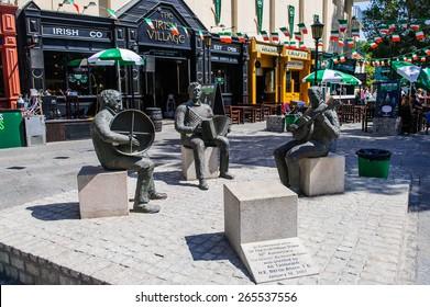DUBAI, UAE - DECEMBER 25: Irish Village December 25, 2014 in Dubai. The center of Irish culture in Dubai.