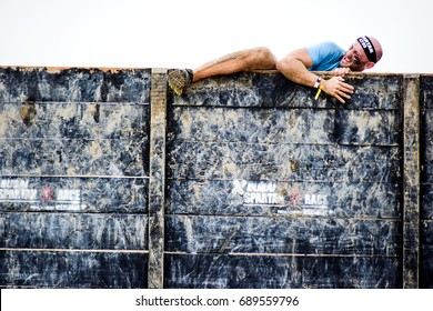 DUBAI, UAE - FEBRUARY 26, 2016: Competitors participate in the 2016 Spartan Race obstacle racing challenge in Dubai, United Arab Emirates, on February 26, 2016.
