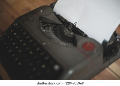 old typewriter Images, Stock Photos & Vectors | Shutterstock