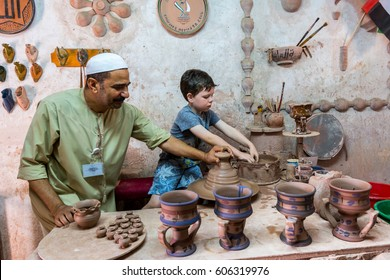 500 Traditional Handicrafts Pictures Royalty Free Images Stock