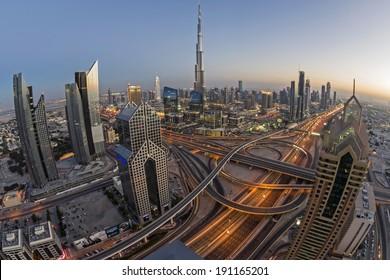 DUBAI, UAE - MAR 2: Busy Sheikh Zayed Road in the evening March 2,2014 in Dubai, UAE