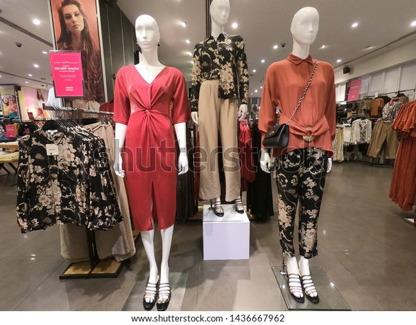 Dubai Uae May 2019 Woman Mannequin Stock Photo (Edit Now) 1436667962