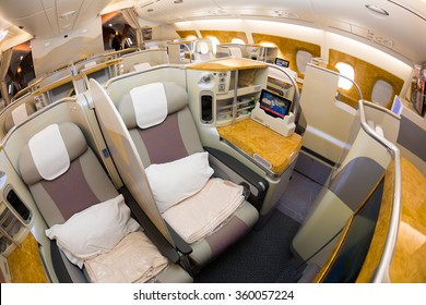 1000 Emirates A380 Business Class Experience Pictures Royalty