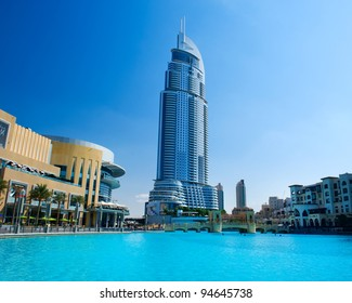 DUBAI, UAE - NOVEMBER 29: Address Hotel and Lake Burj Dubai on Nov 29, 2011 in Dubai. Located in Downtown Dubai, overlooking the world's tallest tower, Burj Khalifa and attached to The Dubai Mall