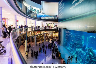 DUBAI, UAE - NOVEMBER 9, 2016: Aquarium in Dubai Mall - world's largest shopping mall, UAE.