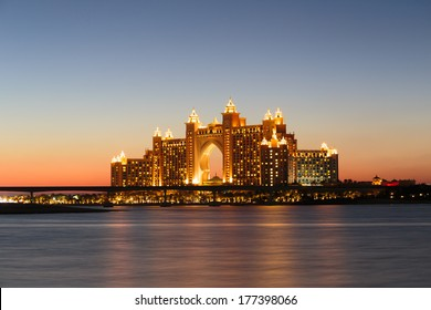 DUBAI, UAE-NOVEMBER 7: Night view Atlantis Hotel on November 7, 2013 in Dubai, UAE. The resort consists of two towers linked by a bridge, with a total of 1539 rooms.