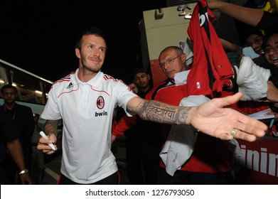 DUBAI, UNITED ARAB EMIRATES-JANUARY 05, 2008: AC Milan's english star David beckham signs autographs the AC Milan training camp, in Dubai.