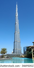 DUBAI/UNITED ARAB EMIRATES MARCH  2, 2013: A view of the Burj Khalifa with Burj Khalifa Lake in the foreground.