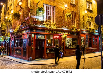 Dublin, Ireland, 4th April 2013:The fantastic atmosphere around the Temple Bar at nighttime  in Dublin