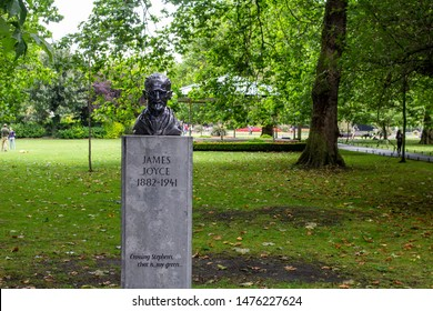 Dublin, Ireland, 9th August 2019, Marjorie Fitzgibbon's statue of James Joyce's in St Stephens Green, erected facing what was then his old Alma Mater, University College, Dublin.