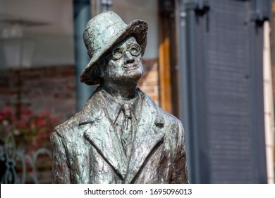 Dublin, Ireland. April 3, 2018. Majorie Fitzgibbon's statue of the famous Irish writer James Joyce in Dublin City Centre on a sunny day as tourist numbers continue to be strong.