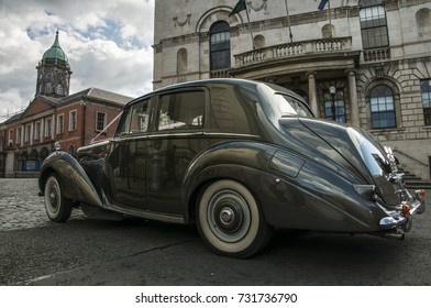DUBLIN. IRELAND - August 08 ,2017 :The old,vintage 1952 Bentley car on Dublin's street