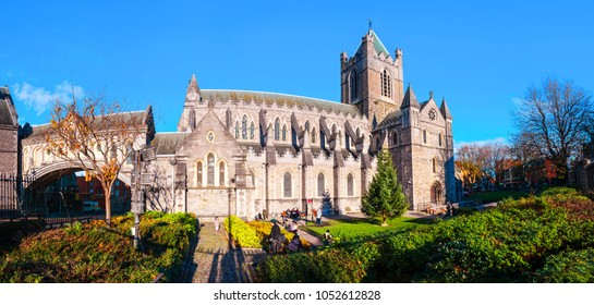 Trinity square gardens stock images royalty free images - Trinity gardens church of christ ...