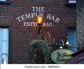 DUBLIN - IRELAND : TEMPLE BAR
